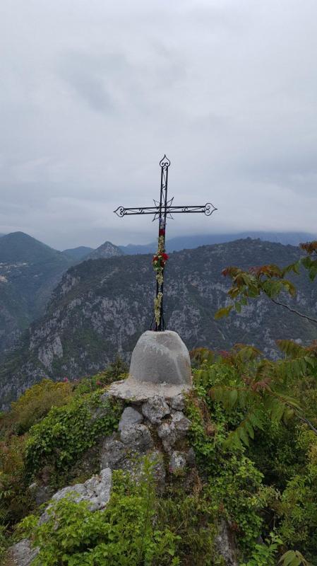 La croix du chemin de l amour
